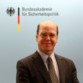 Porträtfoto Roland Seeger