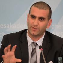 Porträtbild von Arik Segal, israelischer Konfliktmanager und Mediator