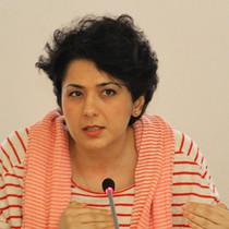 Porträtaufnahme von Golineh Atai, ARD-Korrespondentin in Moskau