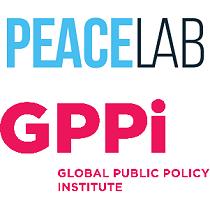 Das Logo des PEACELAB über dem Logo des GPPi