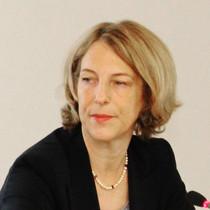 Porträtaufnahme von Katrin Eigendorf, ZDF-Korrespondentin in Moskau