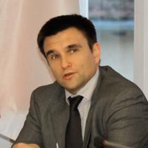 Porträtaufnahme des ukrainischen Botschafters Pavlo Klimkin