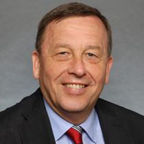 Portrait picture of Brigadier General (retired) Armin Staigis, Vice President of the German Federal Academy for Security Policy
