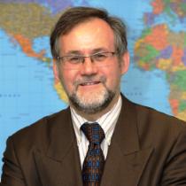 Portraitbild von Wolfgang Rudischhauser, Vizepräsident der Bundesakademie für Sicherheitspolitik