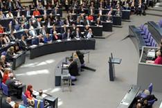 Totalaufnahme des Plenums der ersten Sitzung des 18. Deutschen Bundestages