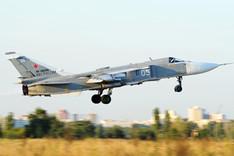 Startender Bomber vom Typ Sukhoi Su-24M2 der russischen Luftwaffe