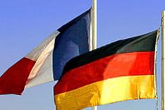 Bild mit der französischen und der deutschen Flagge.
