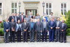 Gruppenbild mit den Besuchern des  Royal Jordanian National Defence College und Vertretern der BAKS