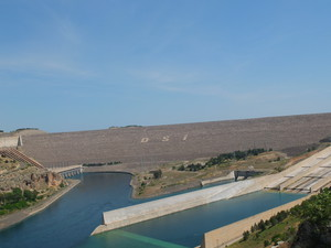 Der Atatürk-Staudamm am Euphrat ist Teil des Südostanatolien-Projektes (GAP).