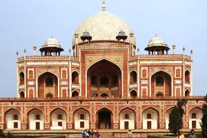 Zu sehen ist das Humayun-Mausoleum in Dehli, Indien