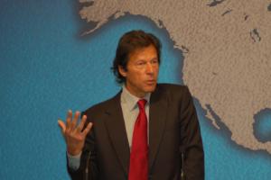 Das Bild zeigt den pakistanischen Präsidenten Khan