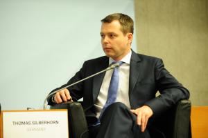 Das Foto zeigt den Parlamentarischen Staatssekretär beim Bundesminister für wirtschaftliche Zusammenarbeit und Entwicklung, Thomas Silberhorn
