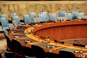 Bildausschnitt des Sitzungstisches des UN Sicherheitsrats