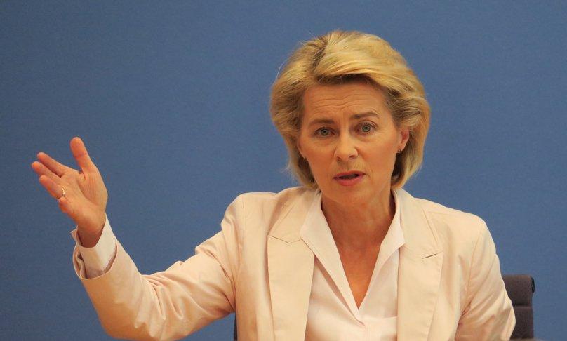 Porträtaufnahme von Bundesministerin der Verteidigung Dr. Ursula von der Leyen